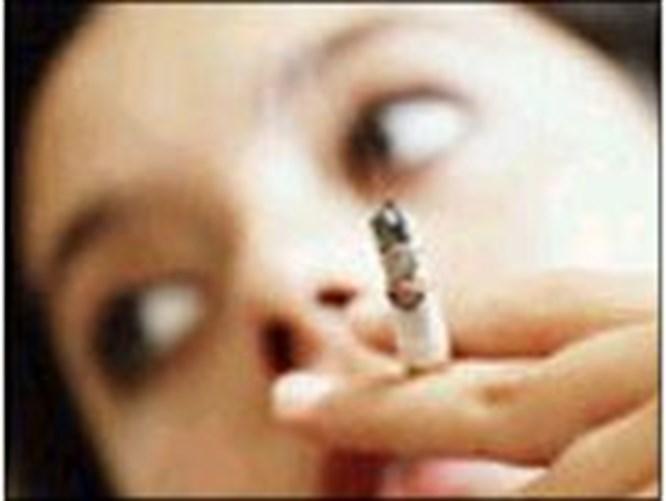 Sigara ergenlik sivilcelerini artırıyor